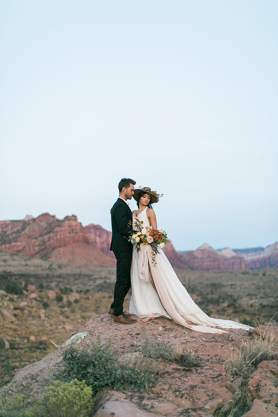 This fall inspired boho elopement shoot was taken in Zion National Park and was inspired by fall shades and beauty around