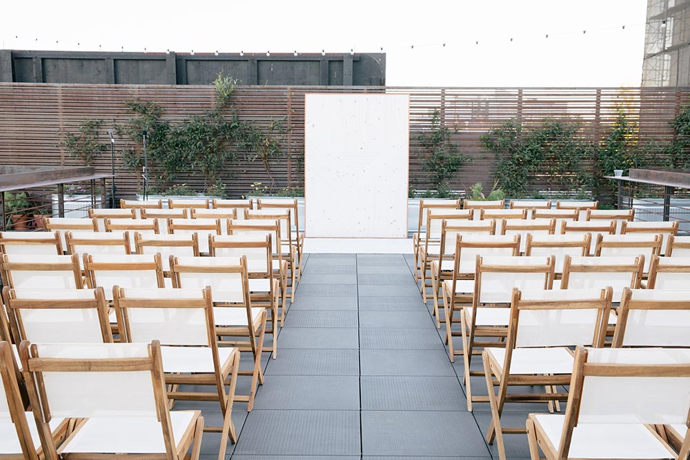 minimalist rooftop wedding ceremony decor