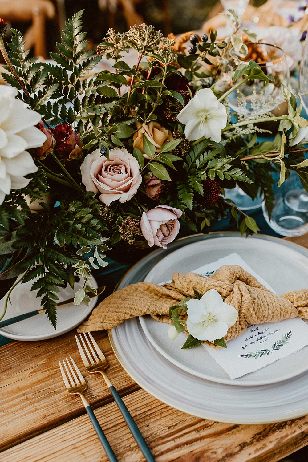navy and mustard wedding tablescape