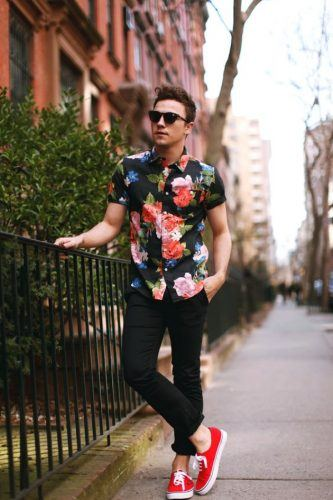 Florals-for-Spring-Easter-Look-333x500 21 Cool Easter Outfits for Teen Guys 2018