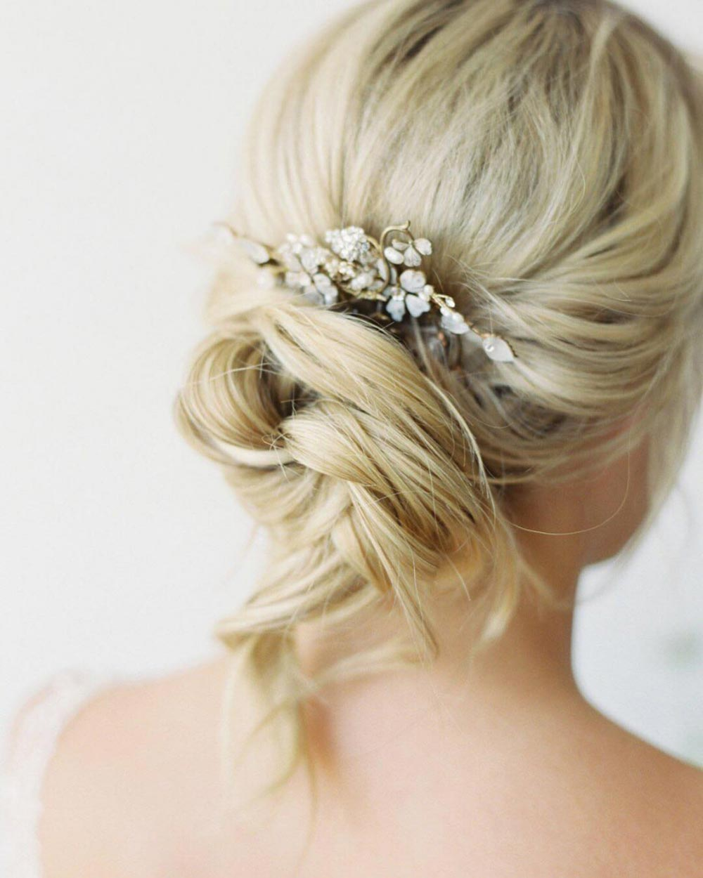 loose bun bridal hairstyle