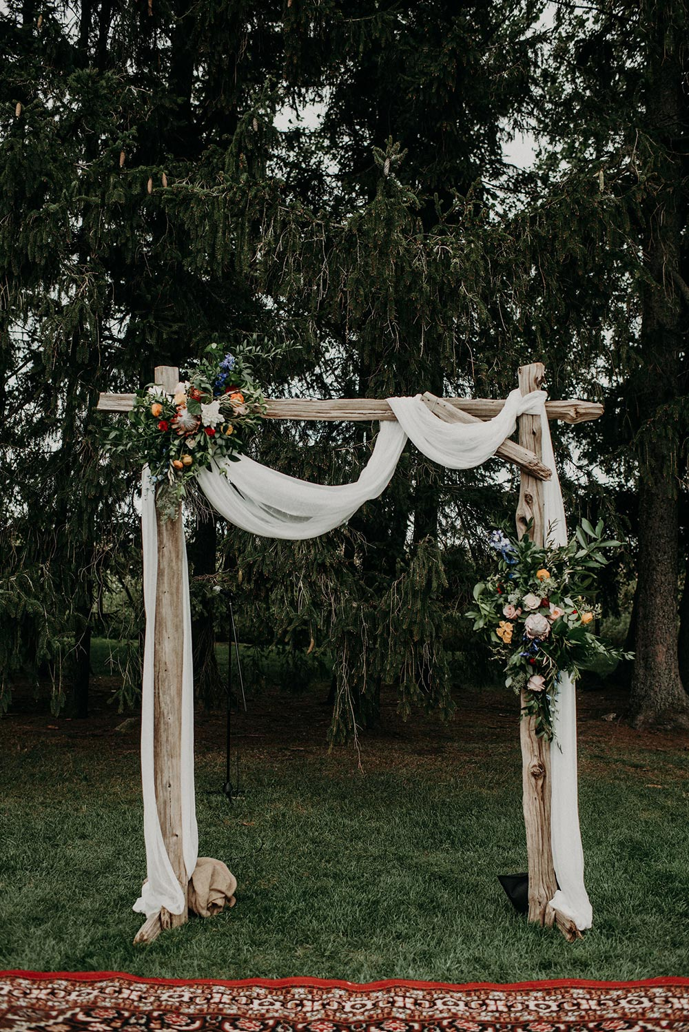 bohemian wedding ceremony backdrop