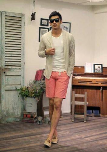 Shorts-Look-Coolest-on-Easter-353x500 20 Fashionable Easter Outfit Ideas for Men