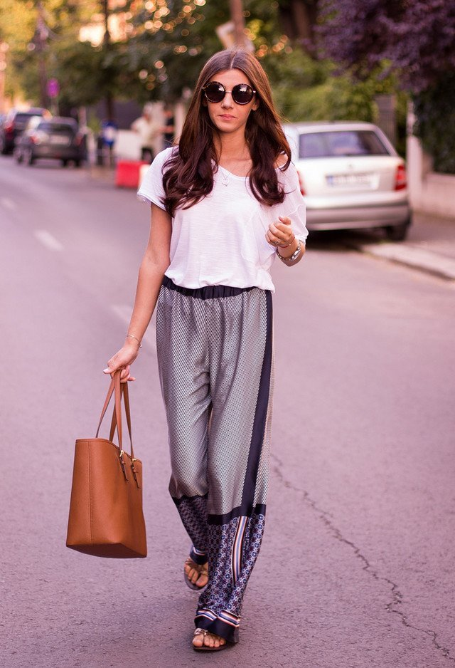 silk-palazzo-pants 28 Modern ways to Wear Palazzo Pants with other Outfits