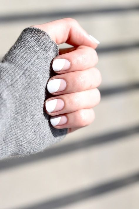 geometric white and negative space manicure is suitable for every office