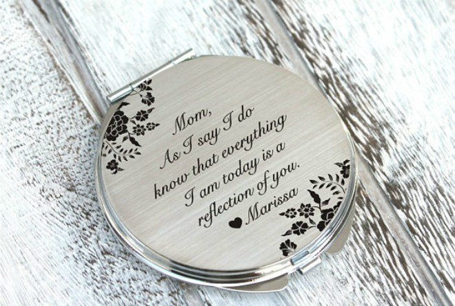 Personalized Compact from Oxee via Etsy