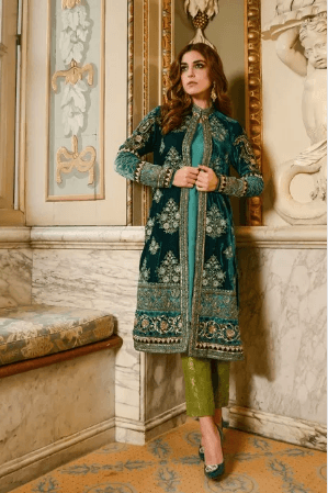 Open-Front-Kurta-with-Pajama 25 Best Women Kurta Pajama for Wedding Styles 2018