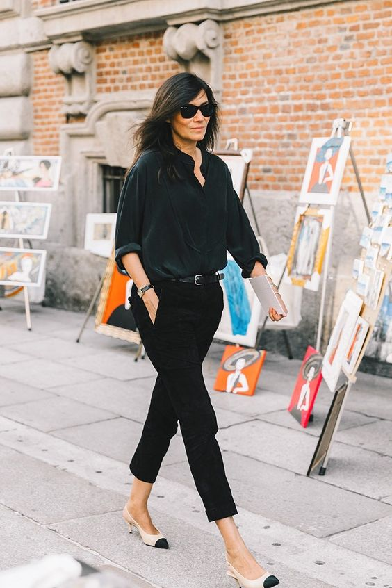 black cropped jeans, a black shirt, blush and black kitten heels for a casual work look