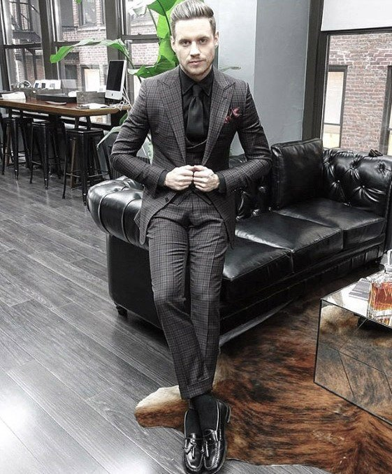 Printed-Slim-Fit-Suit-for-Men-in-Twenties 30 Best Charcoal Grey Suits with Black Shoes For Men