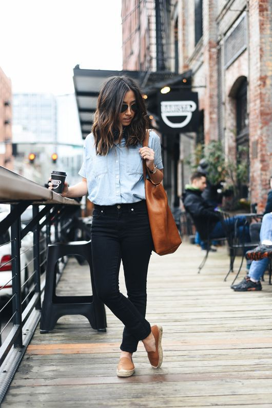 denim on denim with a chambray shirt, black skinnies, tan espadrilles and a tan bag
