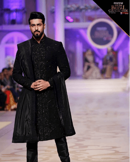 men-sherwani-outfits-3 20 Latest Style Wedding Sherwani For Men and Styling Ideas