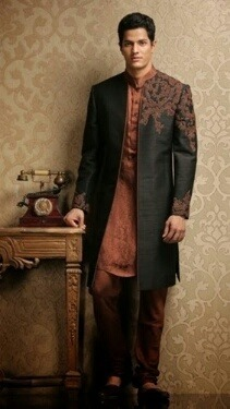 sherwani-for-men-online-shopping 20 Latest Style Wedding Sherwani For Men and Styling Ideas