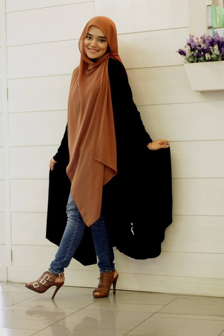 fashion-hijab 30 Stylish Ways to Wear Hijab with Jeans for Chic look