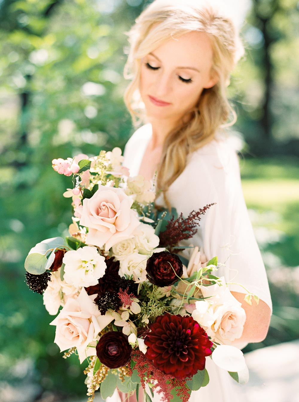 cranberry and pink bridal bouquet