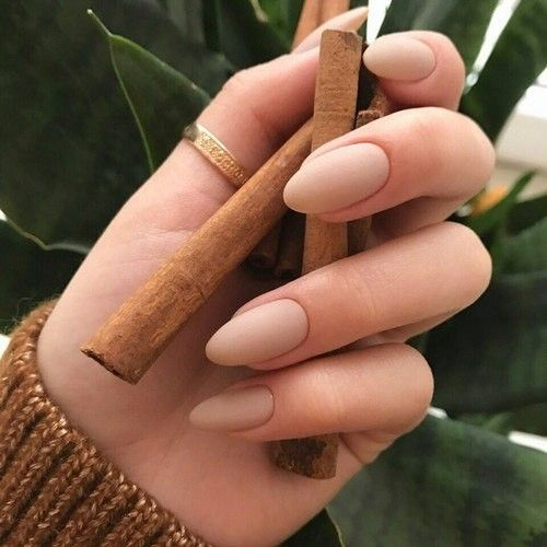 perfect almond-shaped nude nails will be actual for any situation and event
