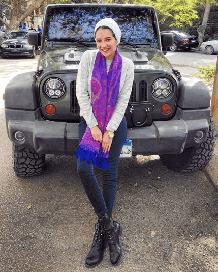 hijab-with-jeans-outfit 30 Stylish Ways to Wear Hijab with Jeans for Chic look