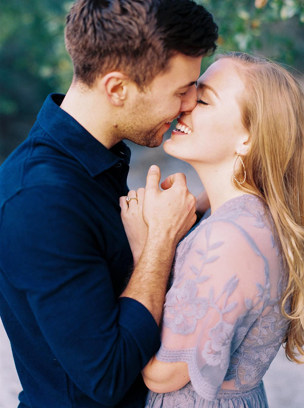 engagement session close up kiss