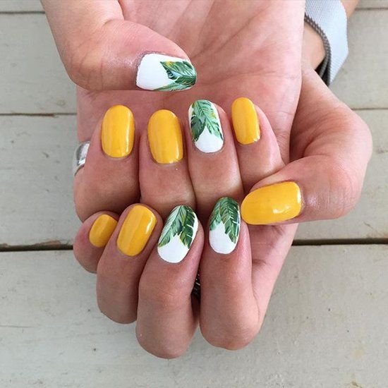palm tree nails are a nice idea for every tropical bride and a fun and whimsy way to embrace the location