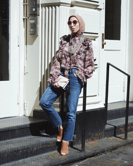 hijab-with-jeans-outfit-1 30 Stylish Ways to Wear Hijab with Jeans for Chic look
