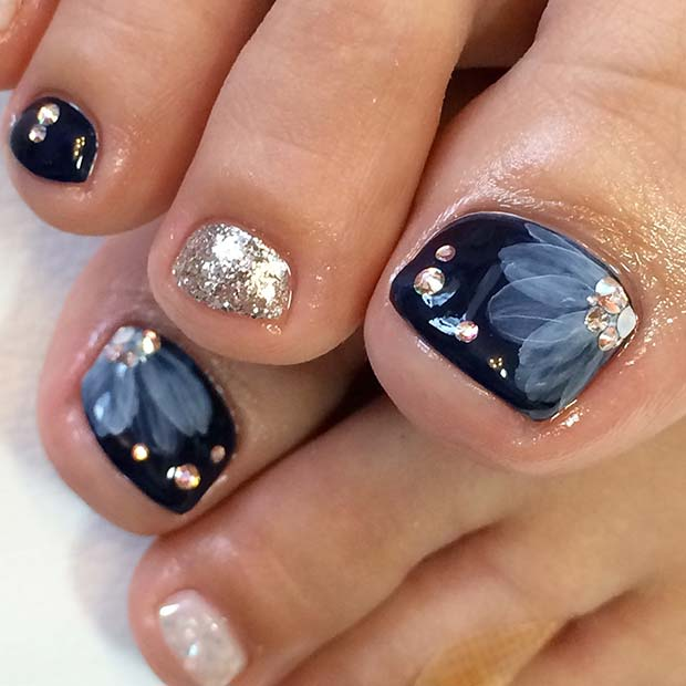 Beautiful Floral Toe Nail Design