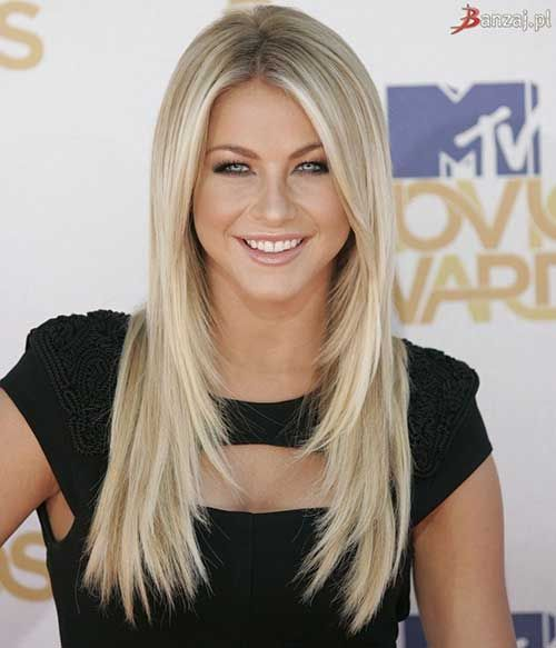 long blonde cascading hair and sleek styling is a classic option for everyone