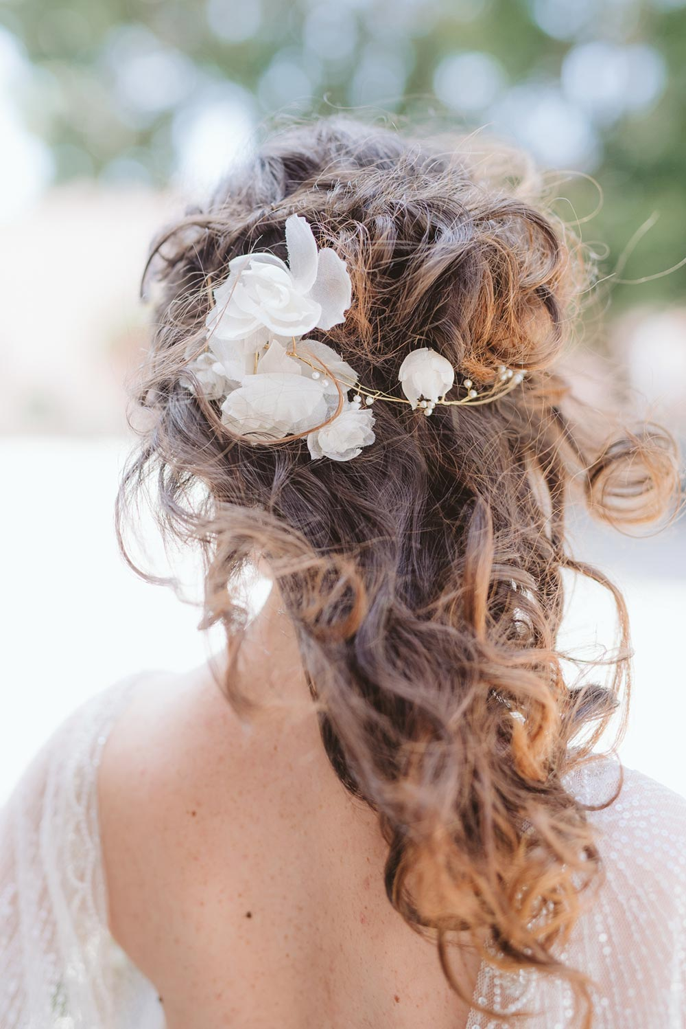light floral wedding hair accessory