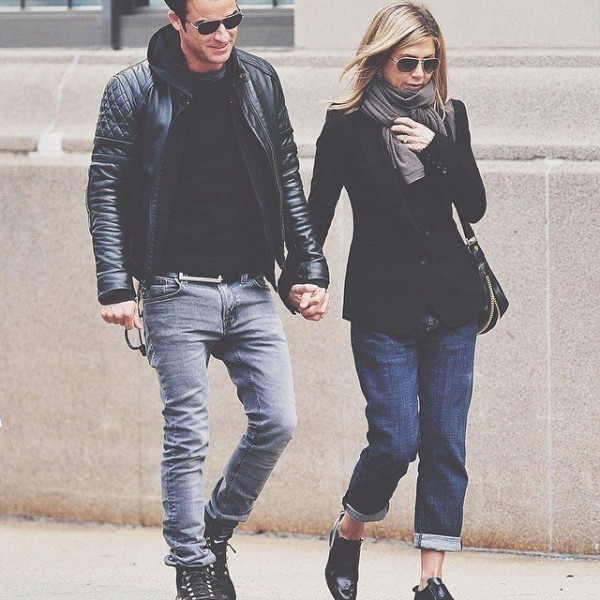 Jennifer-Aninston-and-Justin-Theroux-600x600 Celebrities Couples Matching Outfits–25 Couples Who Nailed It