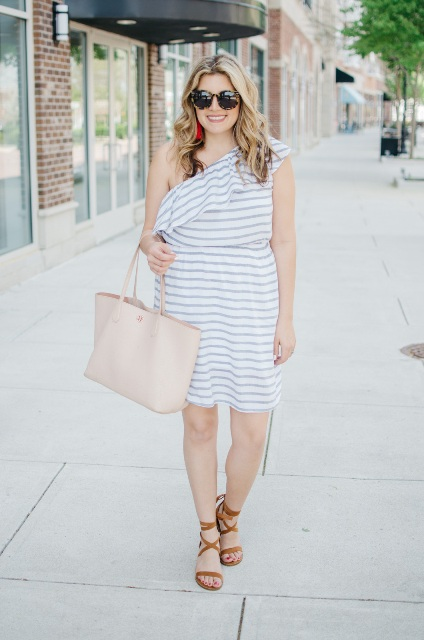 With beige bag and lace up sandals