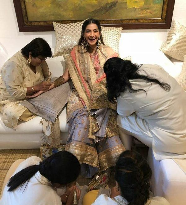 5-1-600x660 Sonam Kapoor Wedding Pics - Engagement and Complete Wedding Pictures