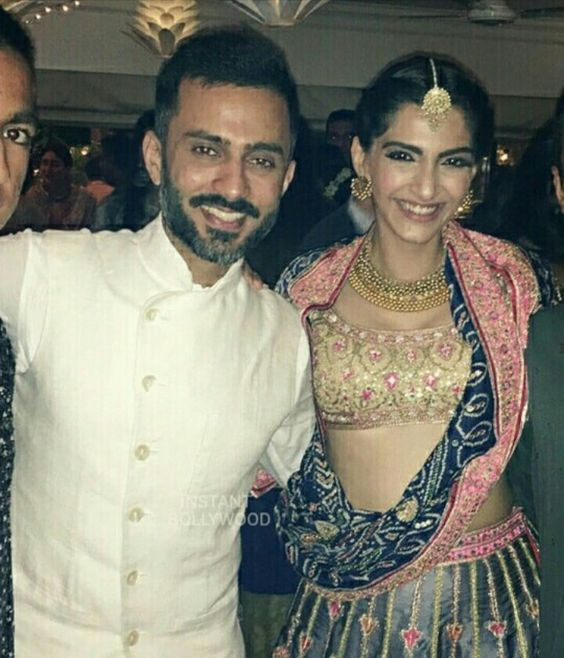 8-1 Sonam Kapoor Wedding Pics - Engagement and Complete Wedding Pictures