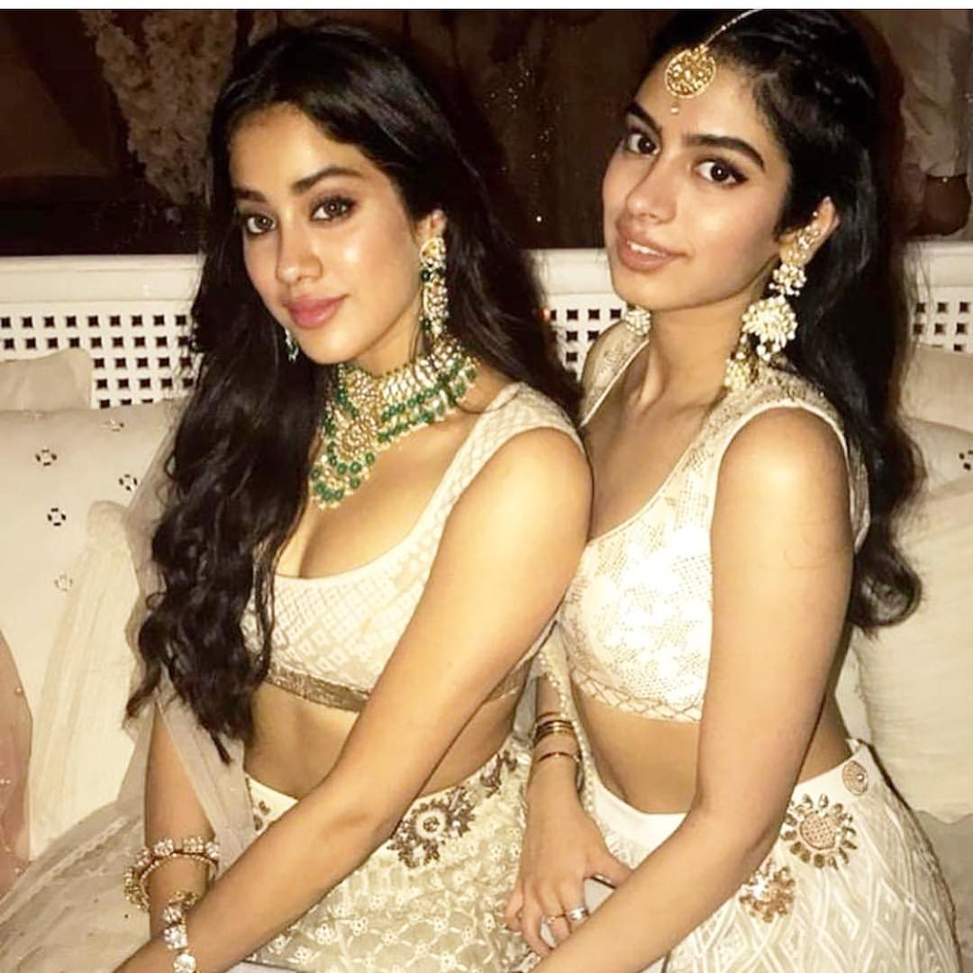 18-2 Sonam Kapoor Wedding Pics - Engagement and Complete Wedding Pictures