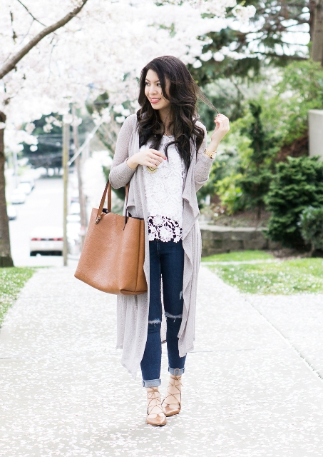 With long cardigan, jeans, lace up flats and brown tote
