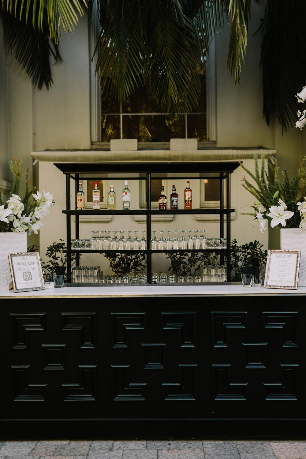 wedding cocktail hour bar