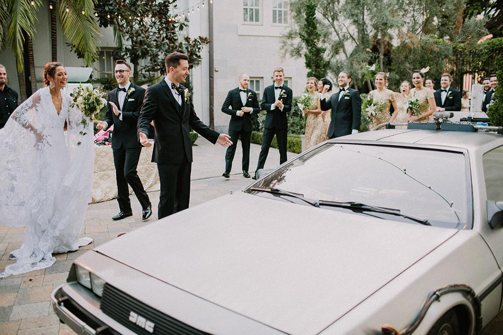 de lorean wedding photo opportunity