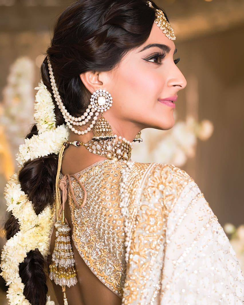 22-1 Sonam Kapoor Wedding Pics - Engagement and Complete Wedding Pictures