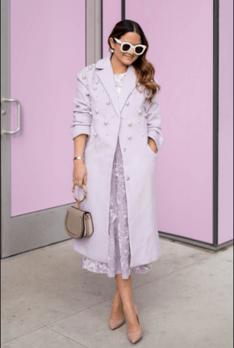 How-to-Style-Lilac-Overcoat-336x500 35 Best Ways to Wear Lilac Outfits For Women