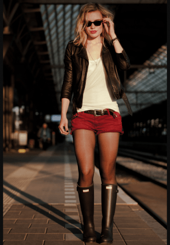 Teenager-Concert-Outfit-347x500 25 Rock Concert Outfits Ideas For Women To Try