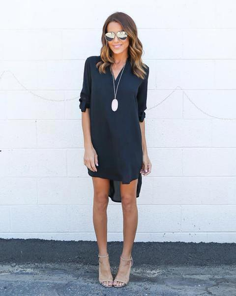 With beige high heels, sunglasses and necklace