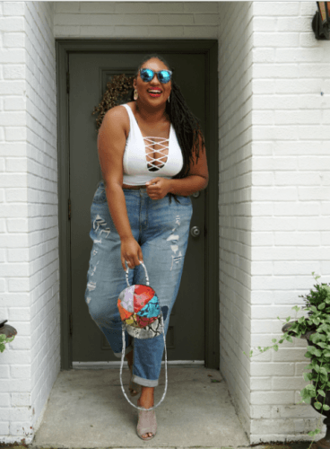 White-Bralette-with-Boyfriend-Jeans-368x500 20 Best Bralette Outfits for Plus Size Women to Try in 2018