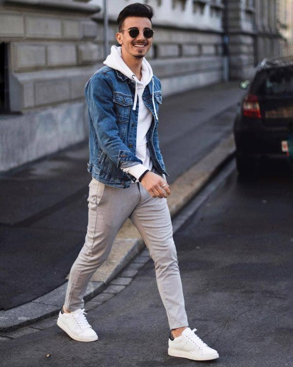 e55d6e51e447 Denim-jacket-600x750 25 Outfits to Wear with White Sneakers for Men