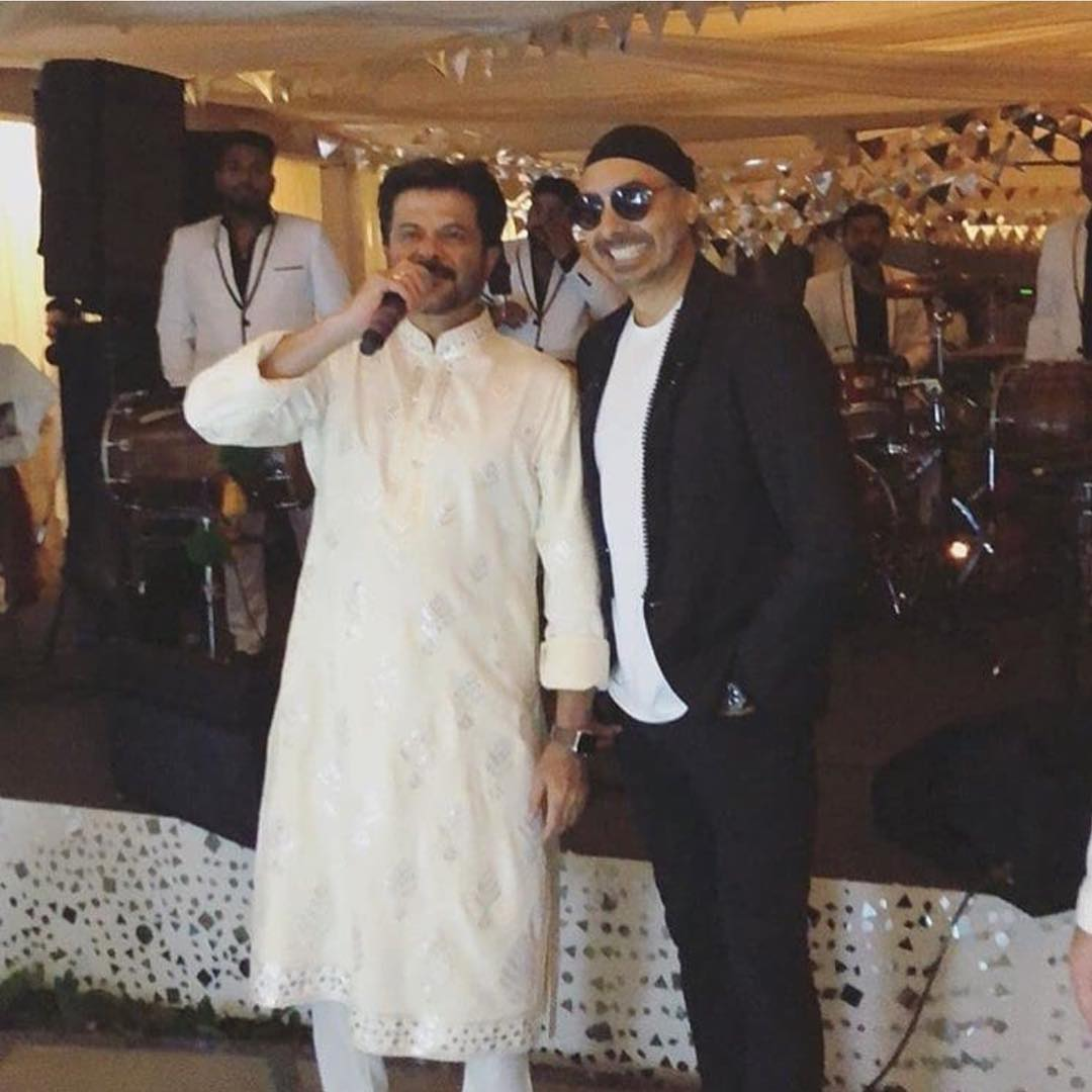 30-1 Sonam Kapoor Wedding Pics - Engagement and Complete Wedding Pictures