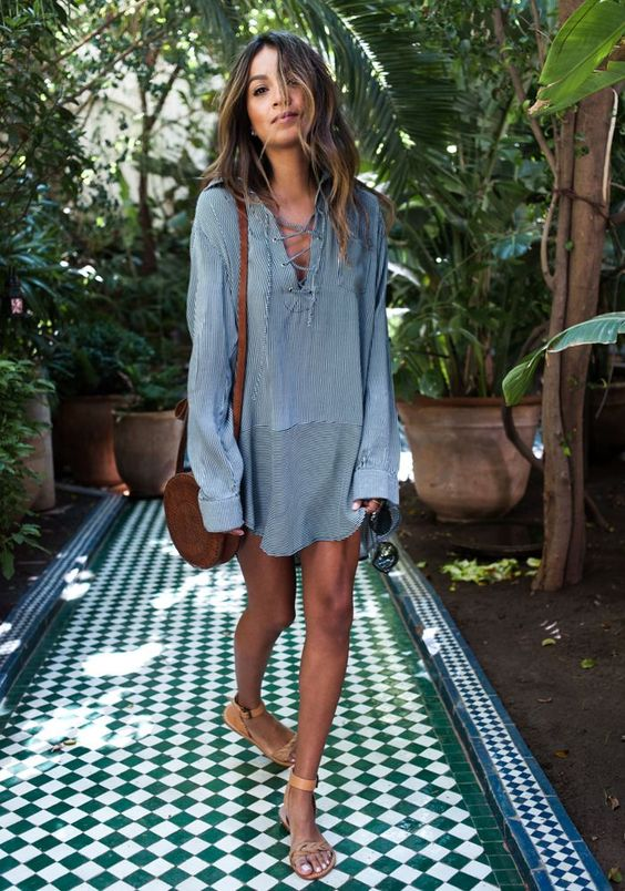 a simple shirt-like striped grey tunic with lacing is ideal for a boho look