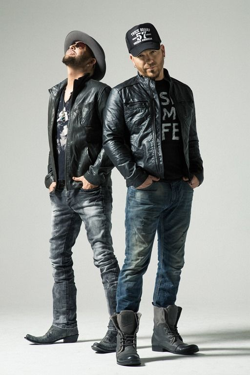 2-4 25 Best Rock Concert Outfits for Men in 2018