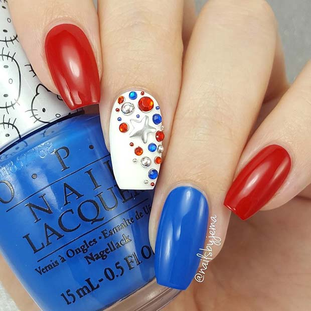 Red, White and Blue 4th of July Nails