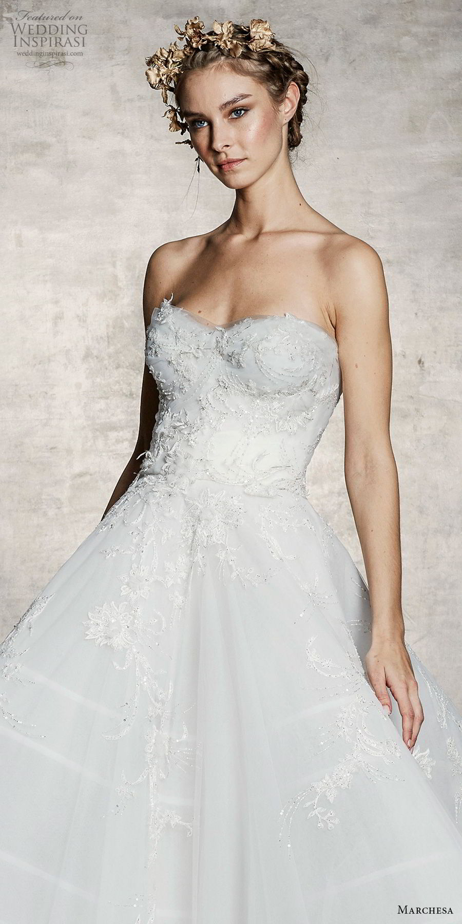 marchesa spring 2019 bridal strapless sweetheart neckline heavily embellished bodice romantic a line wedding dress (13) zv