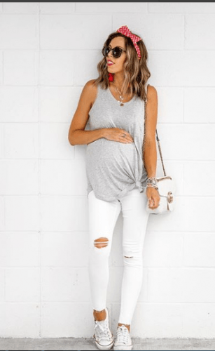Backyard-Party-Outfit-1-307x500 18 Comfortable Summer Baby Shower Outfit Combinations