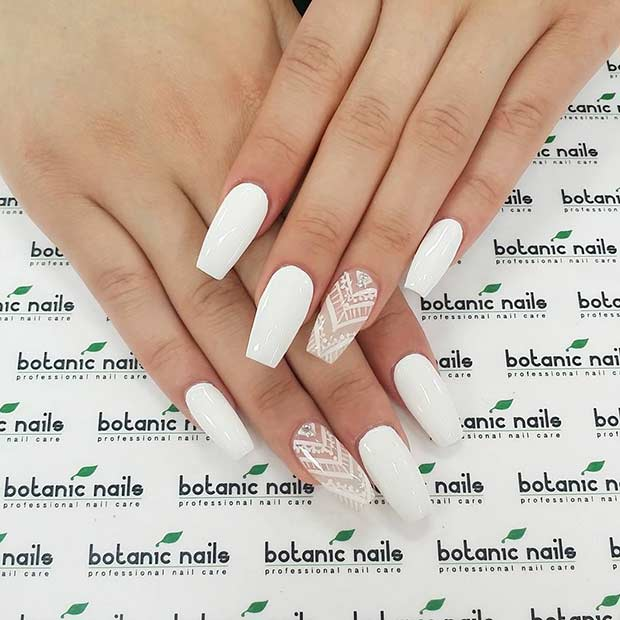 White Lace Accent Nail
