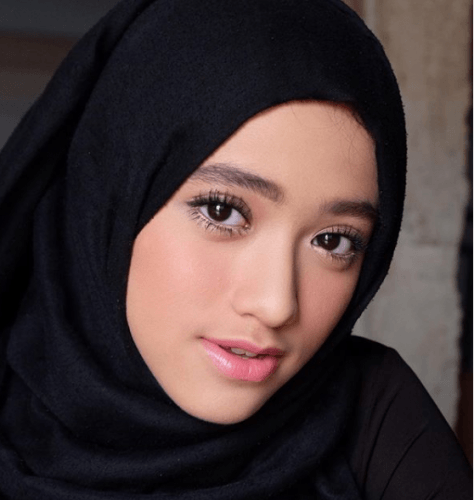 No-makeup-makeup-look-474x500 Eid Makeup Tutorial-15 Perfect Makeup Ideas for Eid 2018