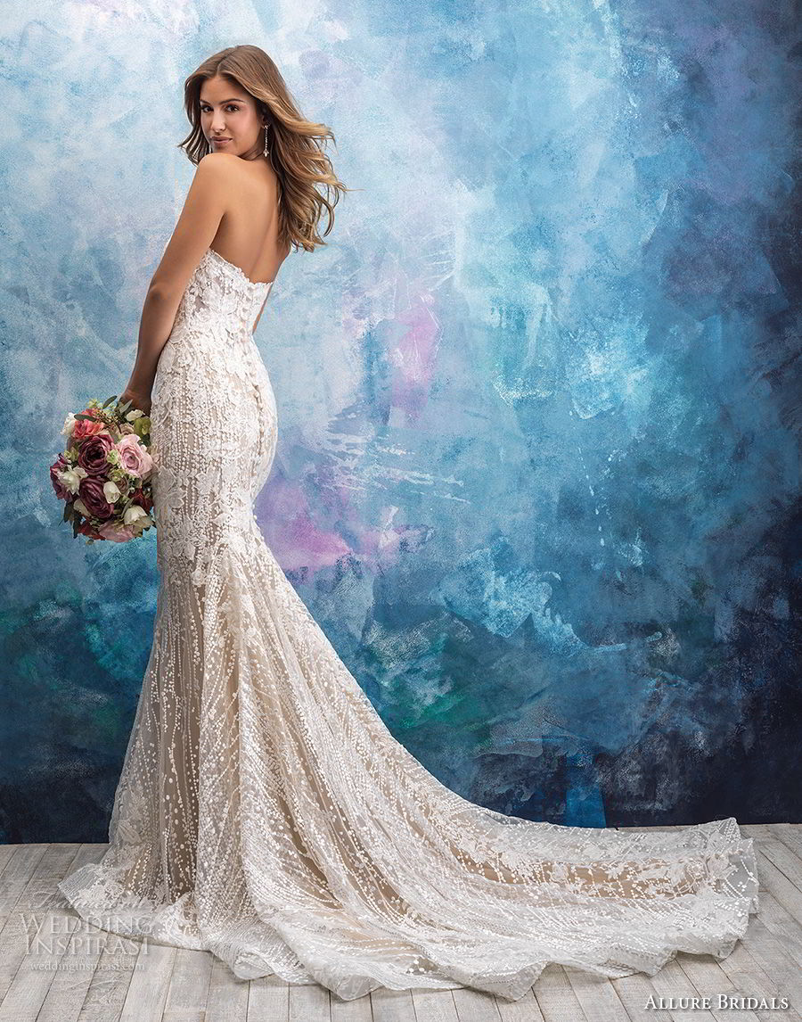 allure bridals fall 2018 bridal strapless sweetheart neckline full embellishment elegant fit and flare wedding dress chapel train (5) bv