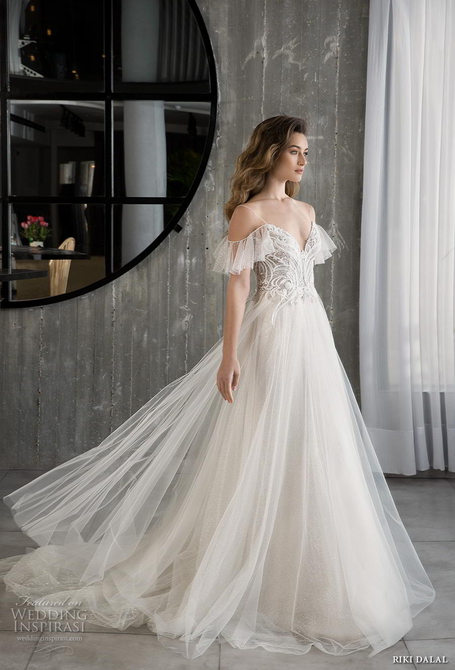 riki dalal 2018 glamour bridal cold should spaghetti strap v neck heavily embellished bodice tulle skirt romantic a line wdding dress backless chapel train (6) mv
